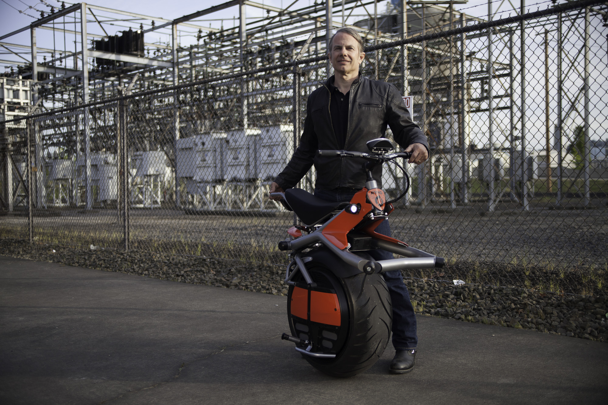 Meet the Ryno You wanted to see a Micro-cycle in action? Here it is. Watch as inventor Chris Hoffmann tests out the first few prototypes of the RYNO, and even takes it out into the streets and sidewalks for field testing. And remember – this video is just a taste of the RYNO experience. To […]